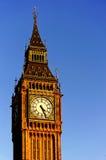 Big Ben no céu azul de dia ensolarado Filtro de cor artístico da água - faca de paleta Fotos de Stock