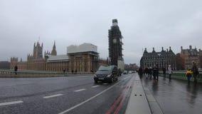 Big Ben, o marco icônico de Londres que está sendo scaffolded durante a renovação, Londres, Reino Unido video estoque