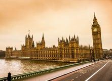 Big Ben och huset av parlamentet, London. Arkivbild