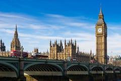 Big Ben och Westminster abbotskloster i London, England Royaltyfri Fotografi