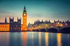 Big Ben och westminster bro, London Arkivbild