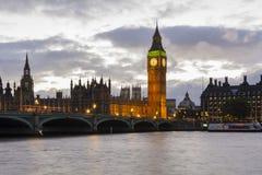 Big Ben på skymning Arkivbild