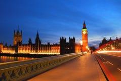 Big Ben-Turm von der Westminster-Brücke Stockfotos