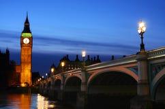 Big Ben u. Westminster-Brücke in London Lizenzfreies Stockbild