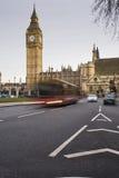 Big Ben und Verkehrs-Bewegungszittern Lizenzfreie Stockfotografie