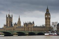 Big Ben und Westminster-Brücke Stockfoto
