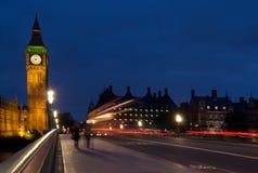 Big Ben und Westminster-Brücke Stockfotos