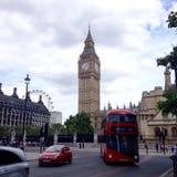 Big Ben vom Parlaments-Quadrat, London Stockfotografie