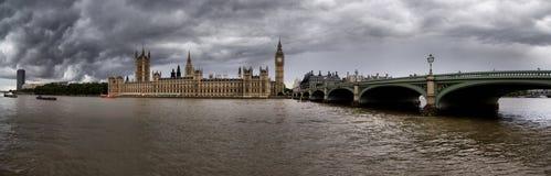 Big Ben y casas del parlamento, Londres Imagen de archivo libre de regalías