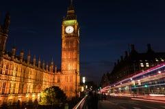 Big Ben y el parlamento de Londres Inglaterra en la noche Imagenes de archivo