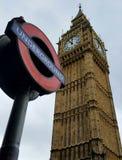 Big Ben y Londres subterráneos imágenes de archivo libres de regalías