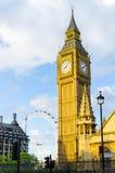 Big Ben y ojo de Londres en la capital de Gran Bretaña Imagen de archivo libre de regalías