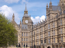 Big- BenGlockenturm und Häuser des Parlaments Lizenzfreies Stockbild