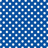 big blue dots polka seamless white 免版税图库摄影