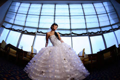 big bride front window Στοκ φωτογραφία με δικαίωμα ελεύθερης χρήσης