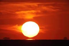 Big bright setting sun Royalty Free Stock Photo