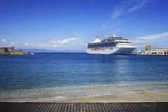 Big cruise ship Royalty Free Stock Photo