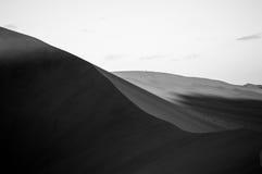 Big Daddy Dune de escalada durante o nascer do sol, paisagem do deserto, Namíbia imagem de stock royalty free