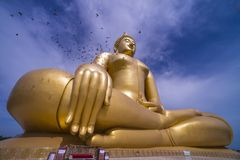 Big golden buddha. With blue sky Stock Photography