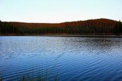 Big Hornbergen Serene Landscape Lake royalty-vrije stock afbeeldingen