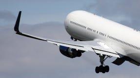 Big jet taking off Royalty Free Stock Photos