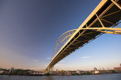 Big long metal arched bridge across the Willamette River Stock Photos