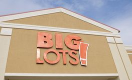 Big Lots Store Sign. Big Lots Stores sell a wide variety of merchandise, including packaged food and beverages, toys, furniture, clothing, housewares, and small Stock Photography