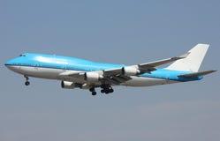 Big plane landing Royalty Free Stock Photos