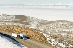 Big Rig Truckers Semi Trucks Travel Interstate Cascade Range Bac Royalty Free Stock Photo