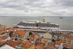 Big ship on town Royalty Free Stock Photos
