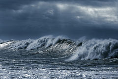 Big stormy waves Royalty Free Stock Images