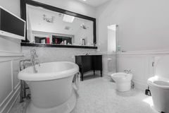 Big stylish classic bathroom Royalty Free Stock Images