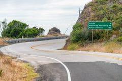 Big Sur blockierte Straße zwischen zackigem Punkt und Goda Stockfoto