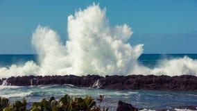 Big swell wave crash Stock Photos