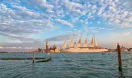Big tourist sailing ship Royalty Free Stock Photography