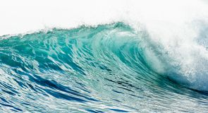 Big wave breaking at shore Royalty Free Stock Photos