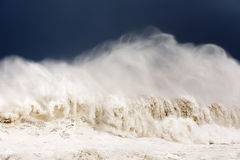 Big wave breaking Stock Photography