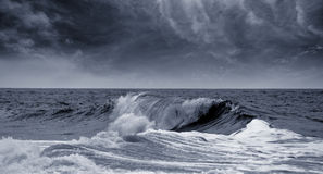 Big waves ocean blue toned Royalty Free Stock Photography