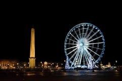 Big wheel and obelisk de la Concorde Royalty Free Stock Images