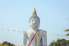 Big white buddha statue in temple Royalty Free Stock Photos