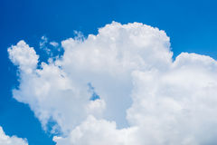 The big white cloud and blue sky. For background Royalty Free Stock Images