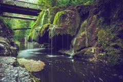 Bigar vattenfall fotografering för bildbyråer