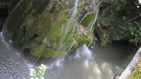 Bigar-Wasserfall von Caras-Severin in Rumänien stock footage