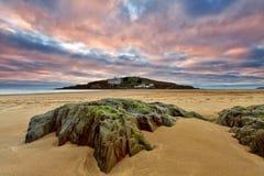 Bigbury en el mar, isla del municipio escocés Fotos de archivo