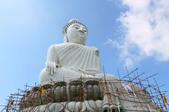 The Biggest white holy Buddha in the world on Phuk. Et Mountain Thailand , kaonakgert Stock Photo
