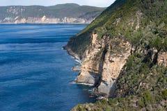 Bight Munro, полуостров Tasman, Тасмания, Австралия стоковые изображения rf
