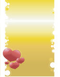 Biglietti di S. Valentino e cerchi sulla priorità bassa dell'oro Fotografia Stock Libera da Diritti
