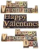 Biglietti di S. Valentino felici nel tipo di legno Immagine Stock Libera da Diritti