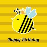 Biglietto di auguri per il compleanno felice con l'insetto sveglio dell'ape Progettazione piana del fondo del bambino Fotografia Stock Libera da Diritti