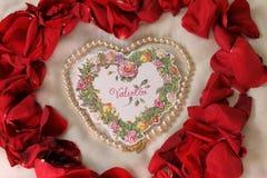 Biglietto di S. Valentino dei cuori e delle perle Immagine Stock Libera da Diritti